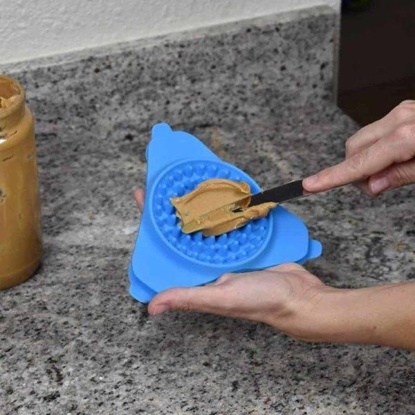 Dog Bowl Slow Feeder Lick Pad - Make Bath Time Enjoyable for Your Dog 3